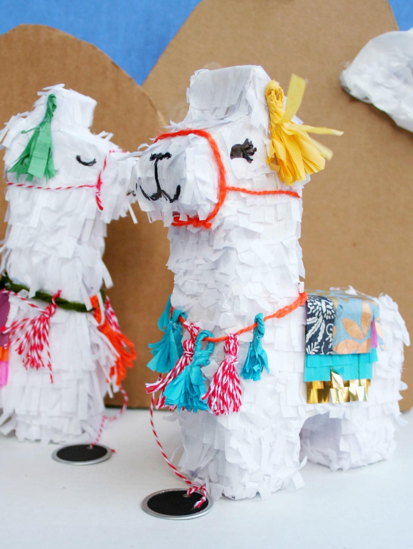 llama pinata invitations diy the brookhaven house. Black Bedroom Furniture Sets. Home Design Ideas